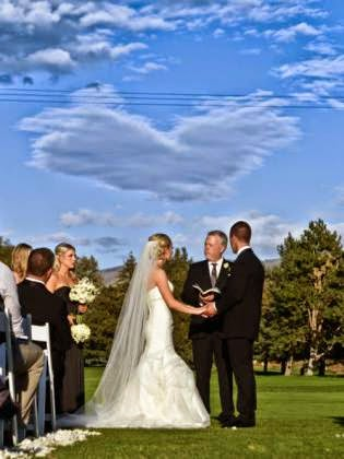 Aww Heart Shaped Cloud Appears Above Couple 39 S Wedding