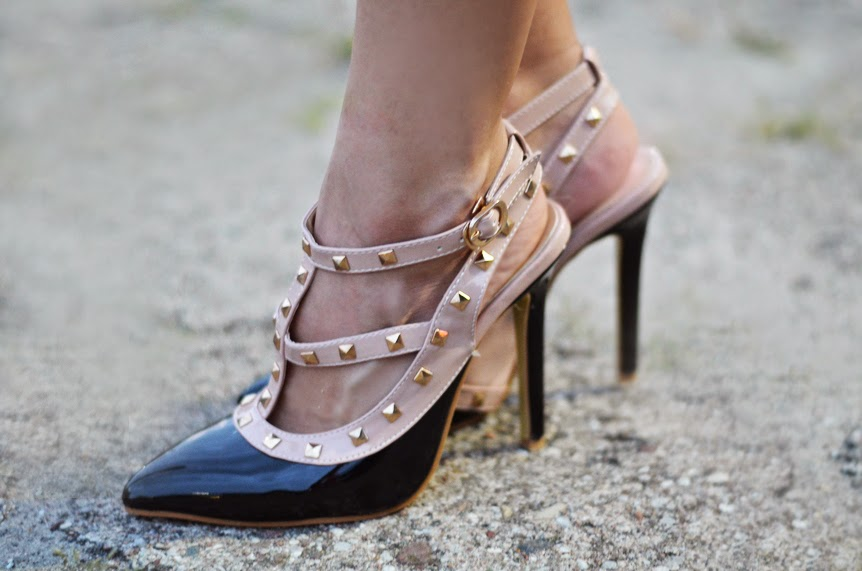 http://www.milanoo.com/product/black-pu-leather-studded-t-strap-spike-heel-pointed-toe-dress-sandals-p299108.html?fb=fb_en_7_2695867