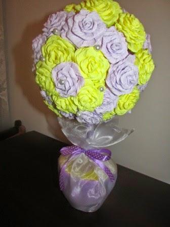 Różany bukiet z włoskiej bibuły