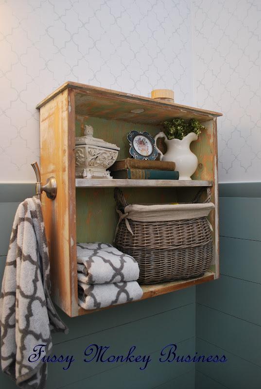 Bathroom Shelf with Drawers