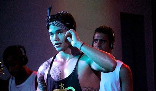 Vazou o vídeo do Kiboon Lima, dançarino da banda Black Style comendo fã    famosos nus caiu na net amador gay