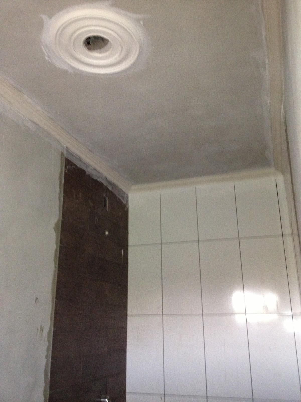 #332826 simplesmente PERFEITO esse detalhe de porcelanato que imita madeira  1200x1600 px Banheiro Detalhe Porcelanato Madeira 3375
