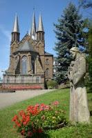 Kloster mit Klosterweg