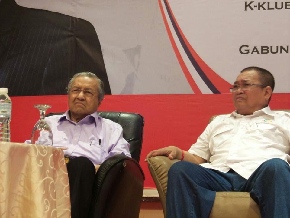 Mahathir Hanya Guna Sumber Kedai Kopi