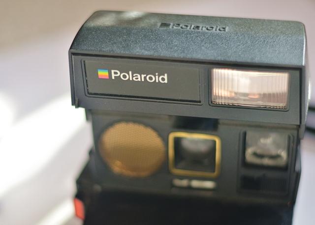 polaroid sun camera