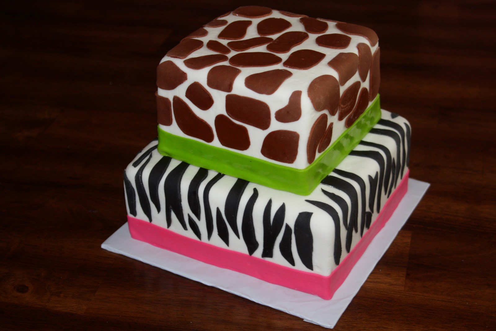 Animal Print Cake Pictures : Sugar Rush Cake: Animal Print Cake