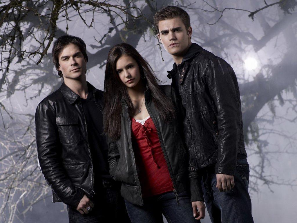 http://2.bp.blogspot.com/-O9Oas9V1h6s/T5FIYK4wPTI/AAAAAAAAASs/mtZ-tYPmN_c/s1600/wallpaper-the-vampire-diaries-amor-se-escreve-com-sangue-4257.jpg