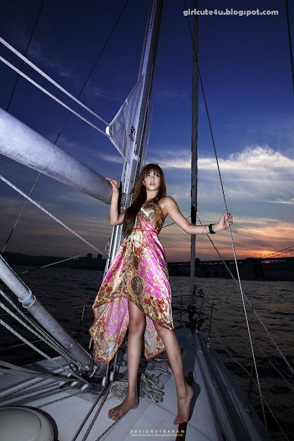 2 Kim Ha Yul on a Sailboat-very cute asian girl-girlcute4u.blogspot.com
