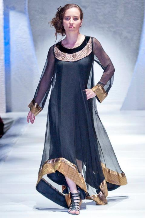 Fashion world latest fashion pakistani fashion show Fashion style in pakistan 2013