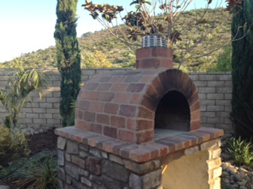 The Ball Family Wood Fired Pizza Oven & Fireplace Combo ...