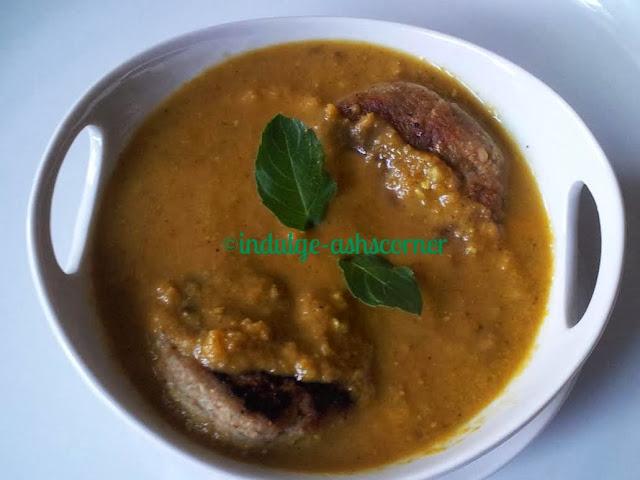 kache kele ki curry