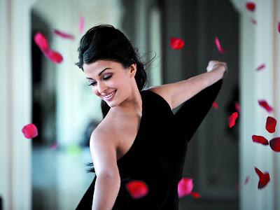Aishwarya Rai Latest Hot Photos