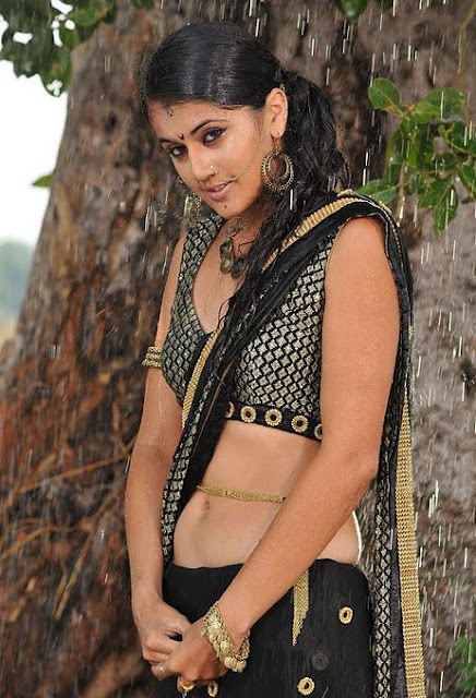 Taapsee Paanu Hot Navel Show Backless Photos In Black Dress
