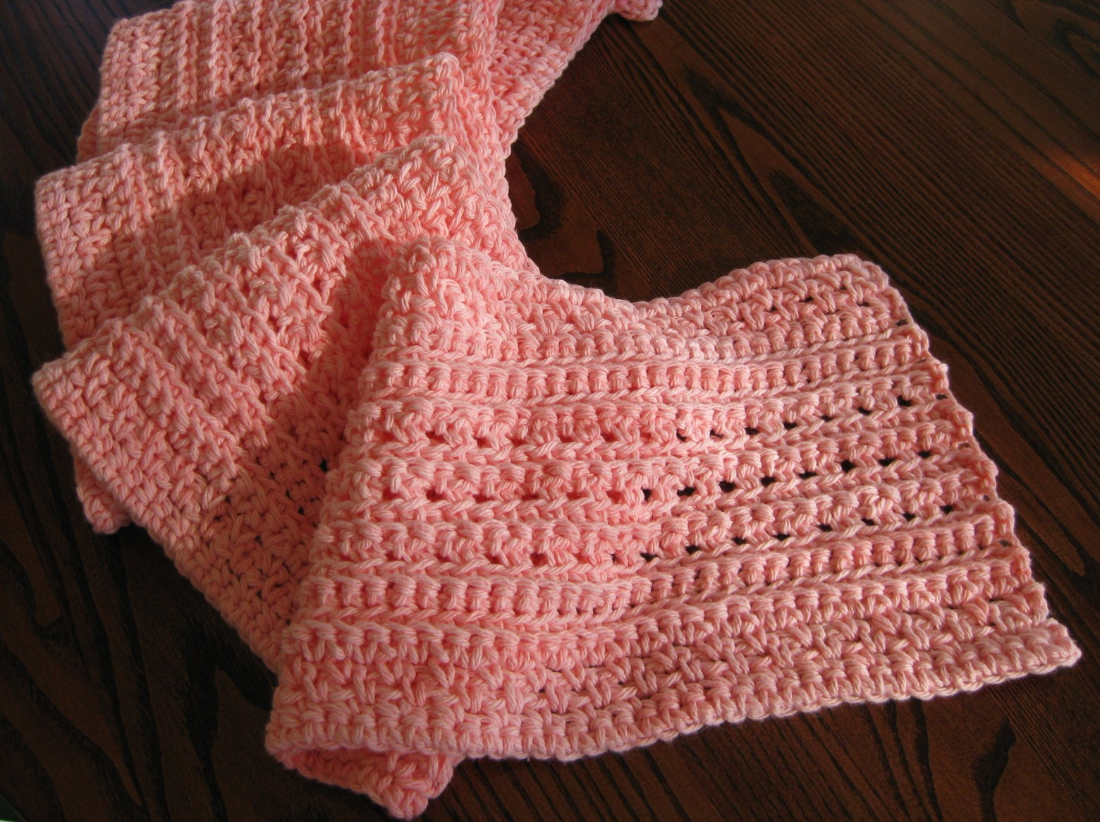Free Crochet Patterns For Christmas Scarves : Tales and Yarns by Laurie Laliberte: Merry Christmas ...