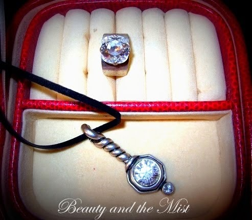 Swarovski Jewellery Set Giveaway