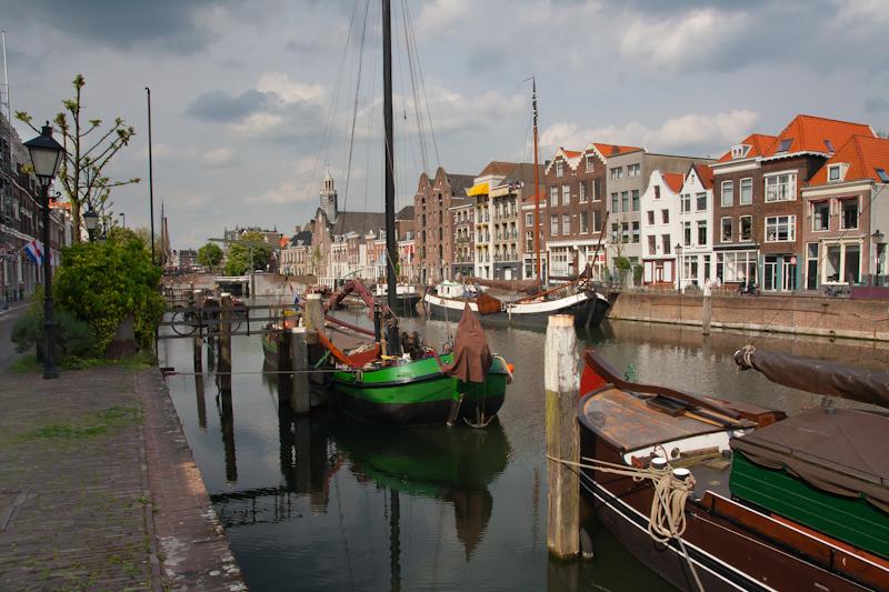 Voorhaven channel Rotterdam Defshaven