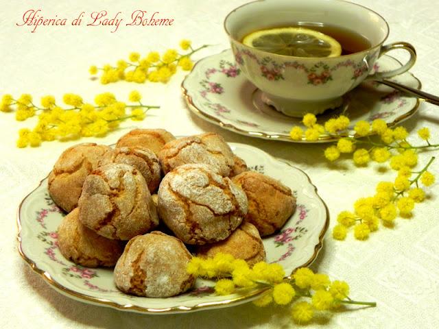 hiperica_lady_boheme_blog_di_cucina_ricette_gustose_facili_veloci_amaretti_fatti_in_casa_2