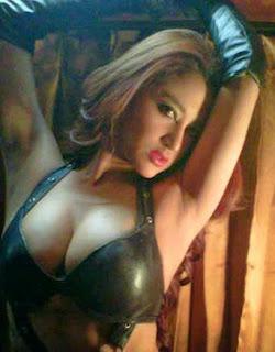 foto gambar artis seksi toket gede