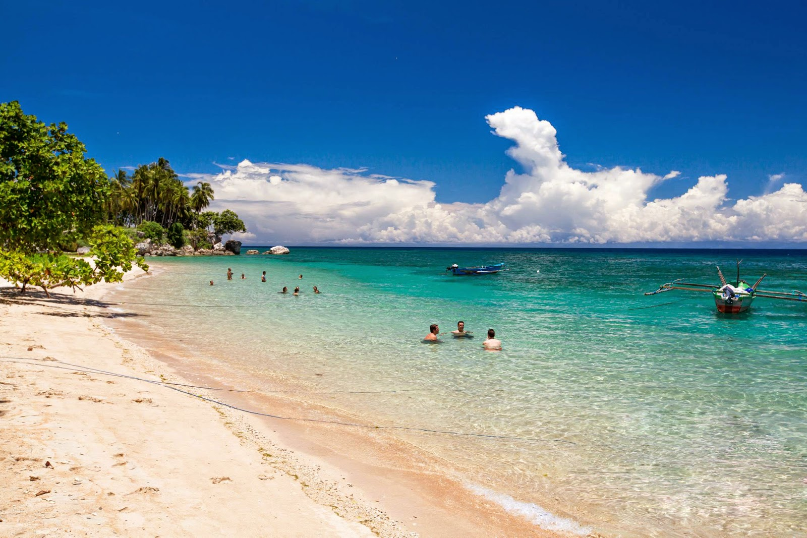 the background information of east timor For further information contact: the publications manager australian national audit offi ce gpo box 707 canberra act 2601  aid to east timor 11 summary background.