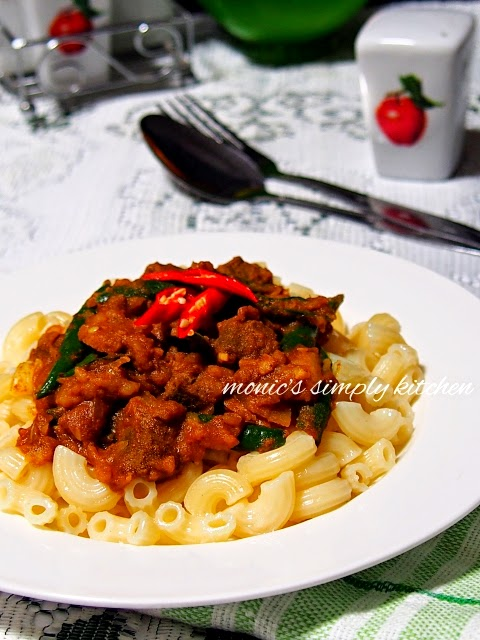 beef curry pasta