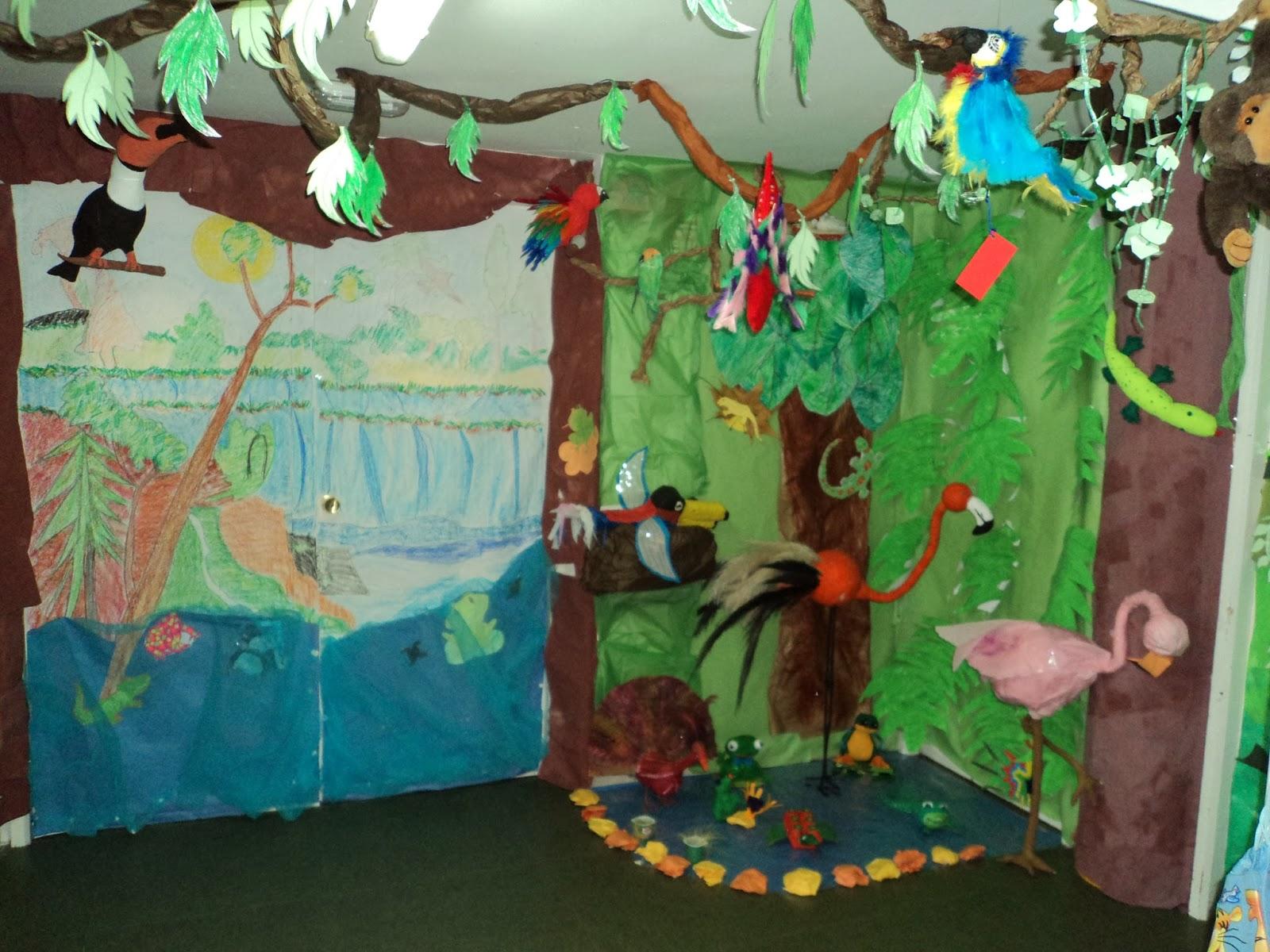 Los peques del ccp la jungla for Papel de decoracion para paredes