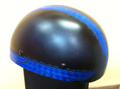 1650269922 - カスタムペイント工程  バッドボーンヘルメット シルバーリーフ スピニング