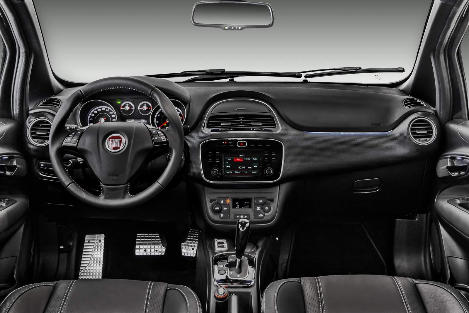 Novo Fiat Punto 2016 - interior