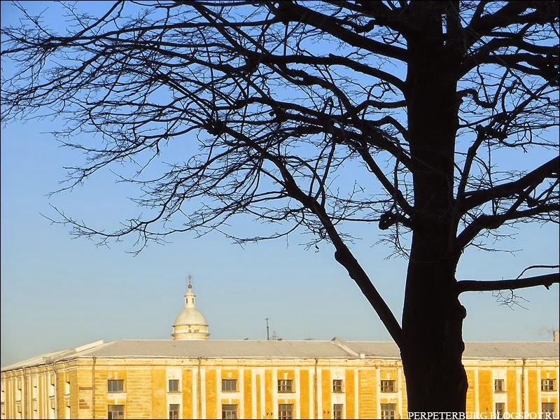 Тучков буян дворец Бирона и Князь-Владимирский собор