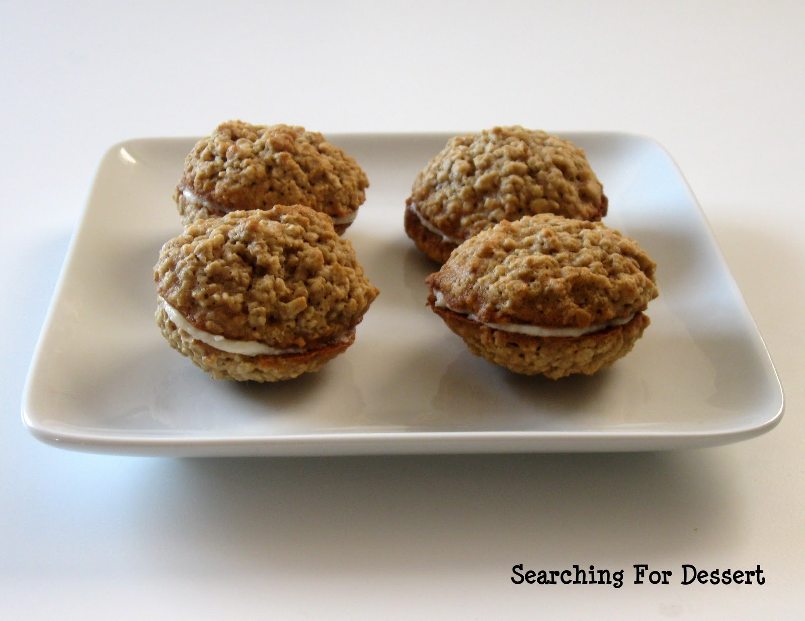 oatmeal cream pies in the sky or on a plate i adored the oatmeal cream ...