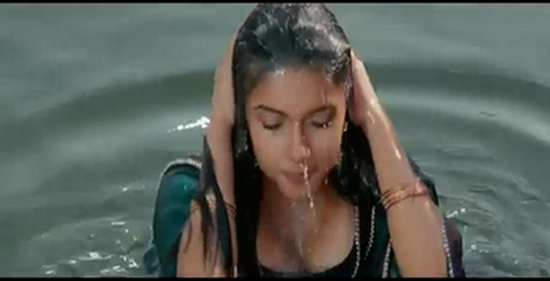Asin Boobs hot images