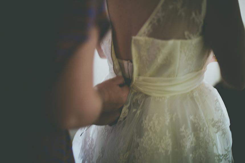 vintage photos bride getting ready