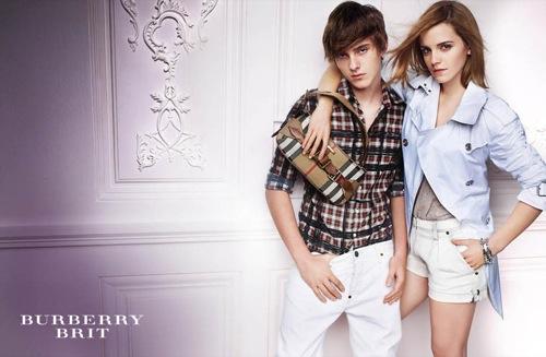 emma watson, burberry, modelo, azul, blanco, cuadros, rubios, precio, caro, marca