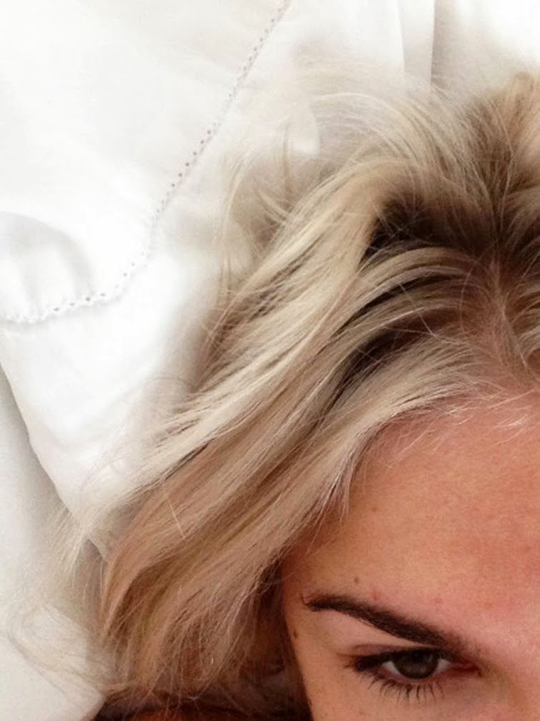 Emily Weiss bleached blonde Into the Gloss