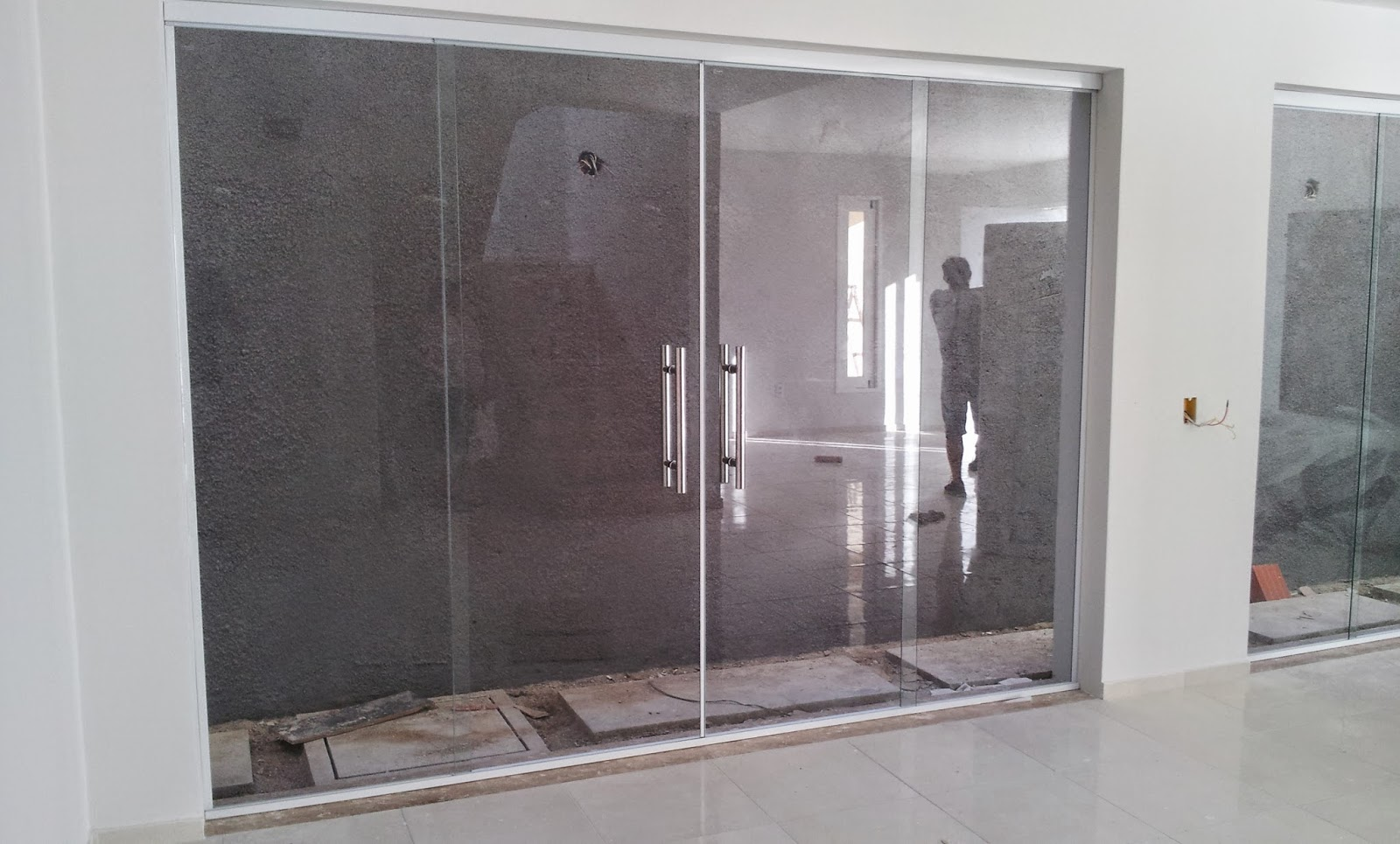 #594C4F Em caso de obras maiores dê atenção a pagina PAGAMENTO para saber  1236 Portas E Janelas De Vidro Usados