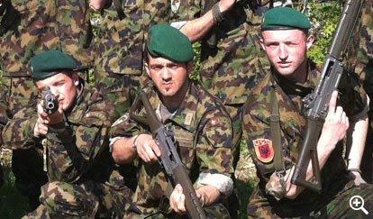 Krenarë që janë shqiptarë, krenarë që shërbejnë në uniformë
