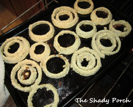 Baked Onion Rings by The Shady Porch #baked #recipe #healthy #sidedish #onions