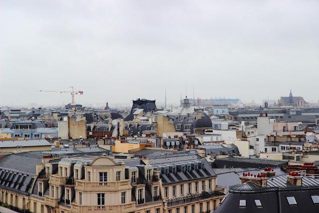 I tetti di Parigi dalla terrazza delle Galeries Lafayette Haussmann Parigi