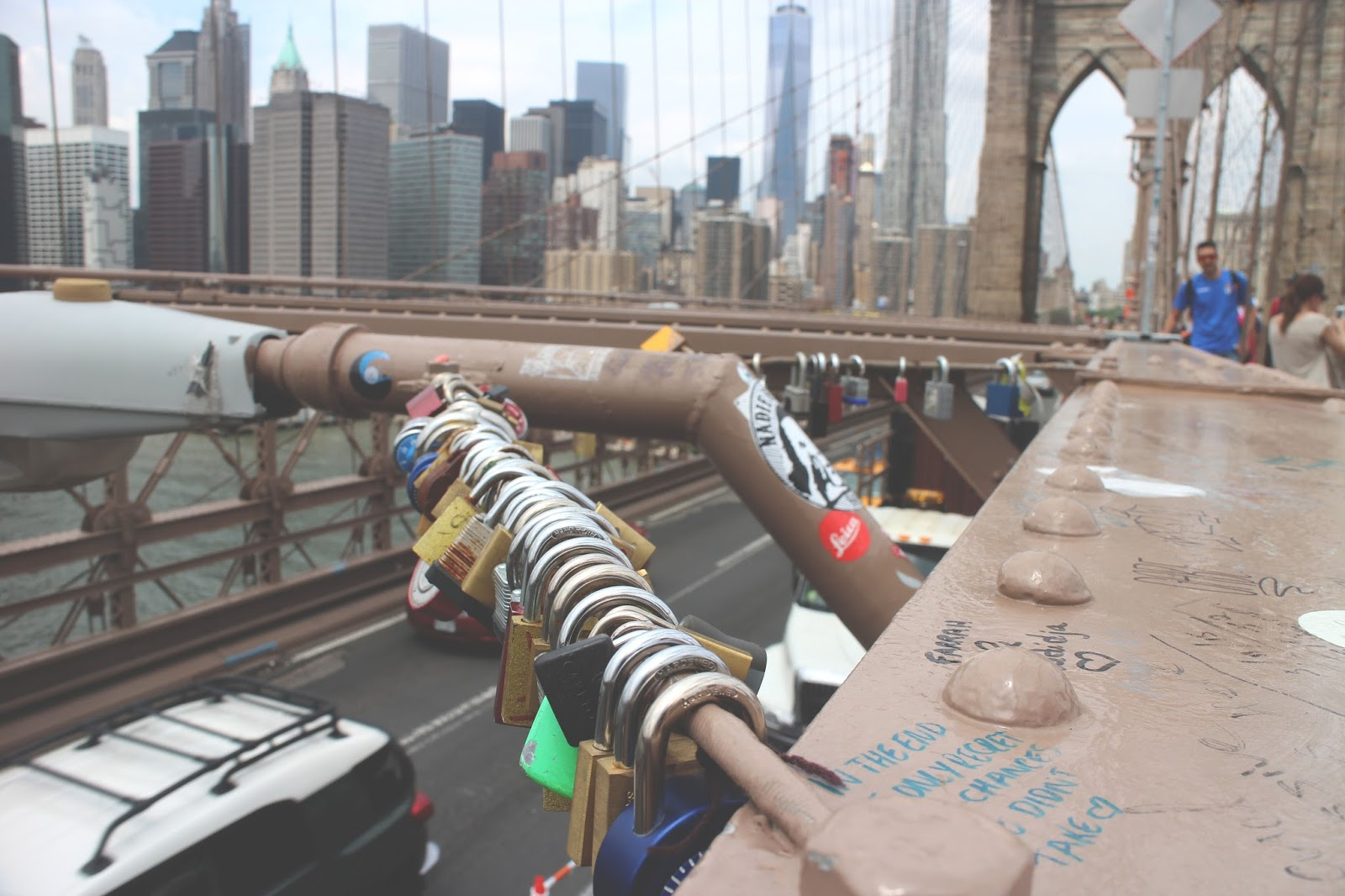 love locks brooklyn bridge