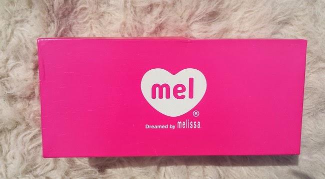 POP HEART Mel by Melissa