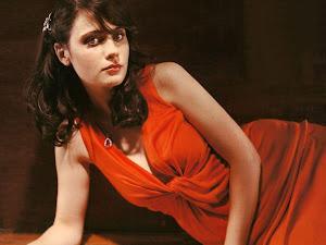 Zooey Deschanel Beautiful Hollywood Actress 2012 http://hollywoodactress2012.blogspot.com