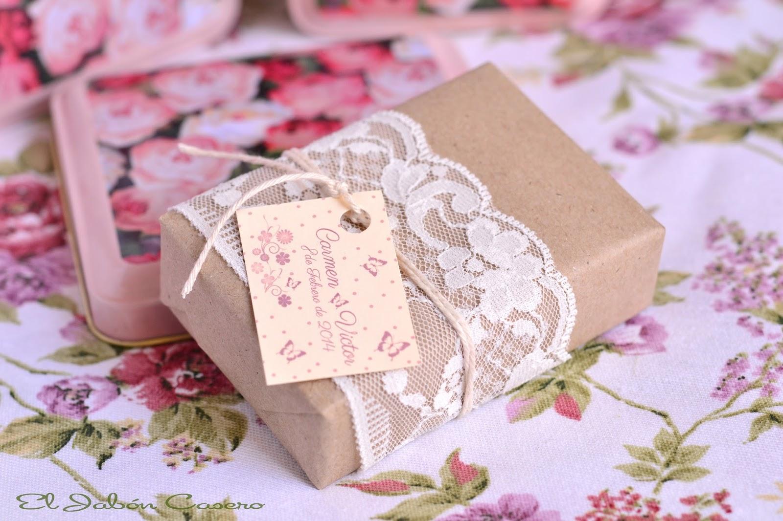 Detalles de bodas jabones encajes - Detalles para regalar en boda ...