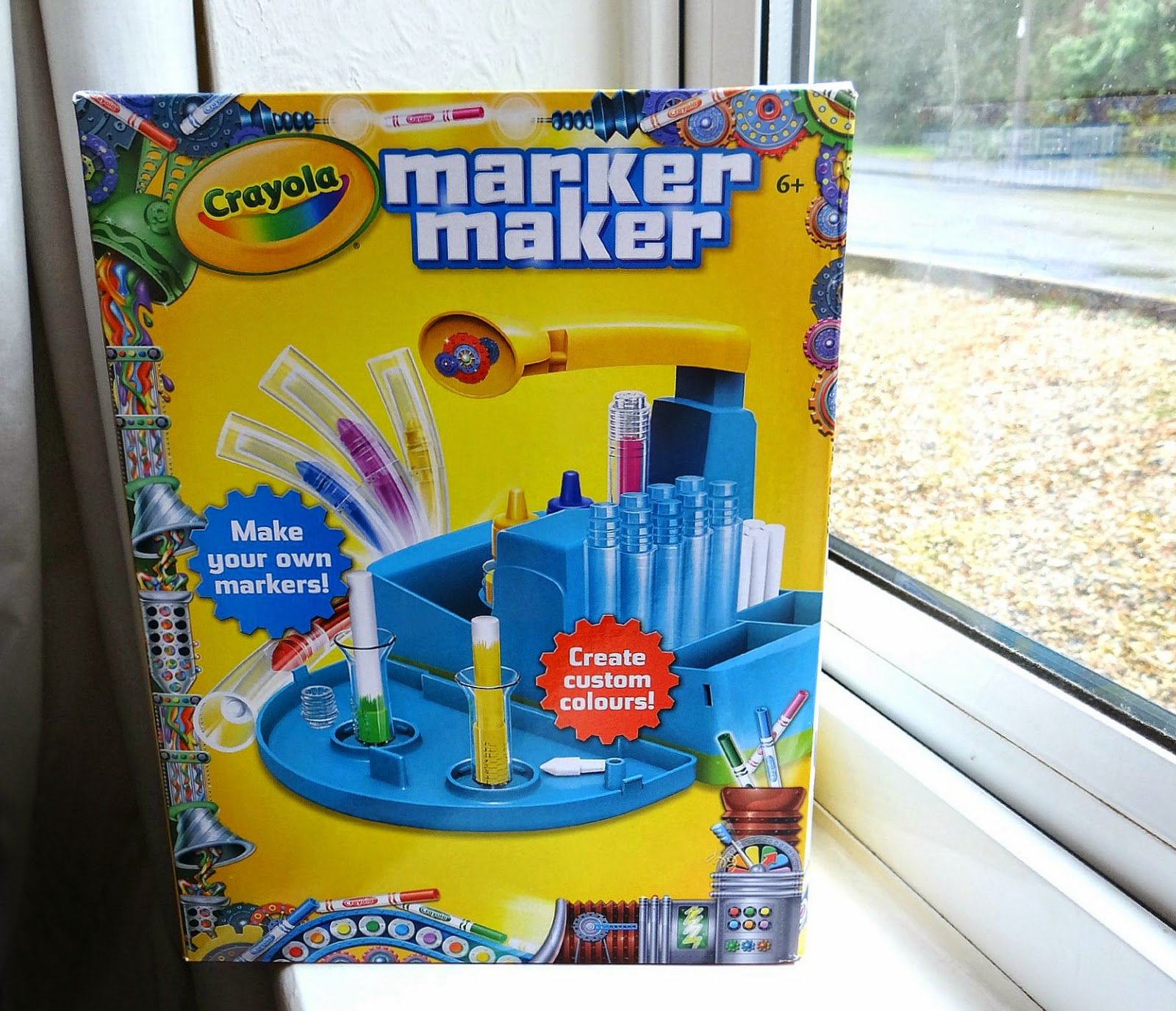 Crayola UK Blogger, Crayola Marker Maker, Christmas Gifts Ideas