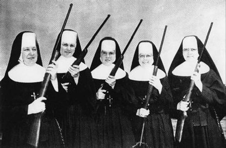 soeurs+armees