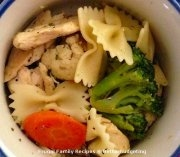 Chicken with veggies and bowtie pasta
