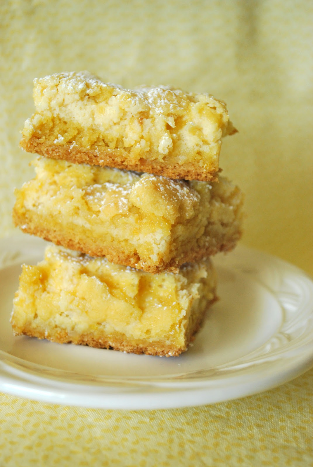 Larissa Another Day: Lemon Cheesecake Bars
