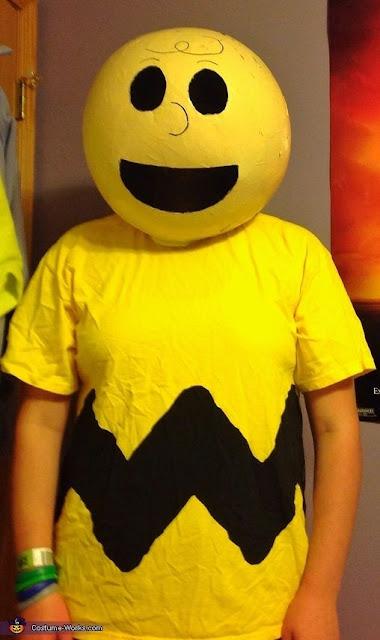 traje de Charlie Brown