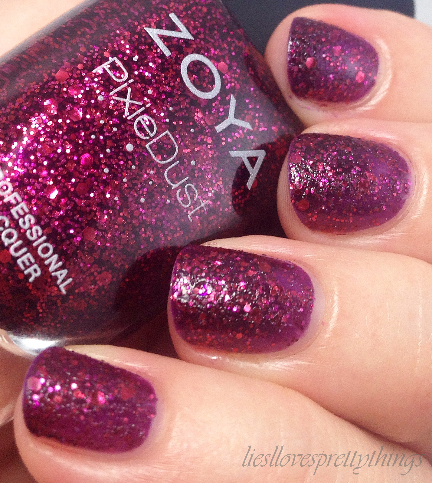 Zoya Noir swatch and review