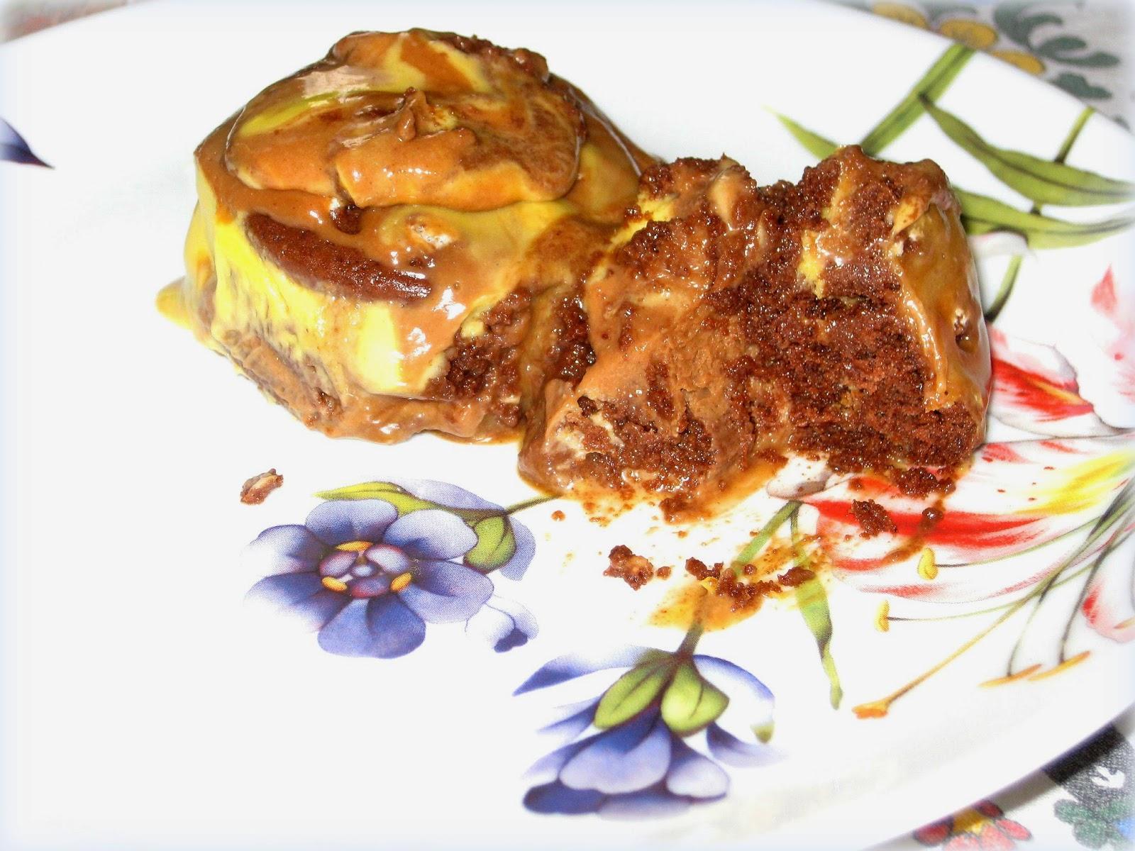La ricetta classica del tiramisù rivisitata con l'utilizzo di biscotti pan di stelle. Una ricetta super golosa!