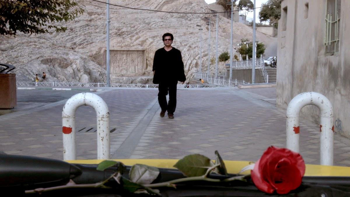 Jafar Panahi nous parle de la dictature iranienne avec des roses
