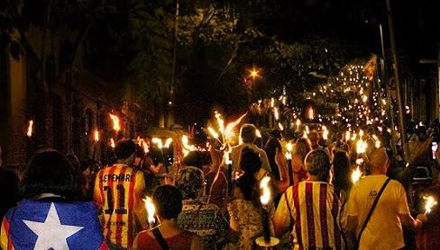 No a los friki-nacionalismos - Página 3 Marcha_antorchas_Sants-PuebloSeco_10092014